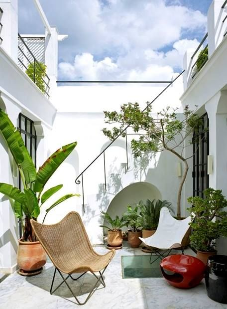 Love this terrace design, clean and simple