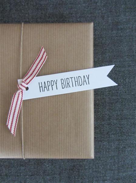 10 Fähnchen 'happy birthday' - milia-druckt - Geschenkanhänger - Geschenkpapier & Co. - DaWanda