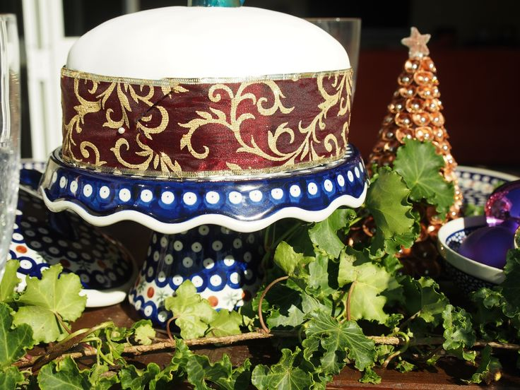 Christmas cake stand from Blue Jasmine.