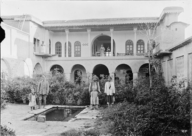 House in Slemanî during the last days of the Ottoman empire, taken by German archaeologist and iranologist Ernst Herzfeld