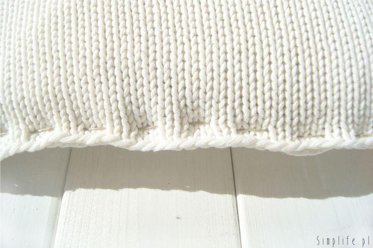 poszewka-na-poduszkę-ze-swetra