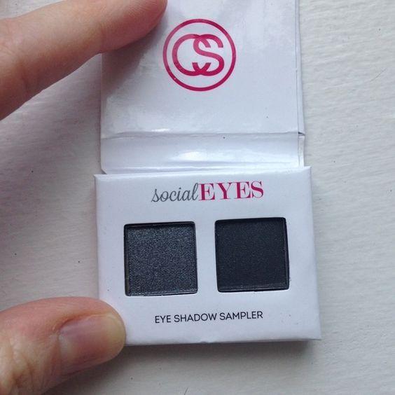 $3 Coastal Scents eye shadow sampler duo in social eyes