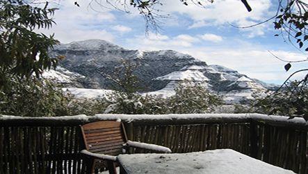 Accommodation Drakensberg, secluded self catering accommodation in the Drakensberg, South Africa. Hiking in the Drakensberg