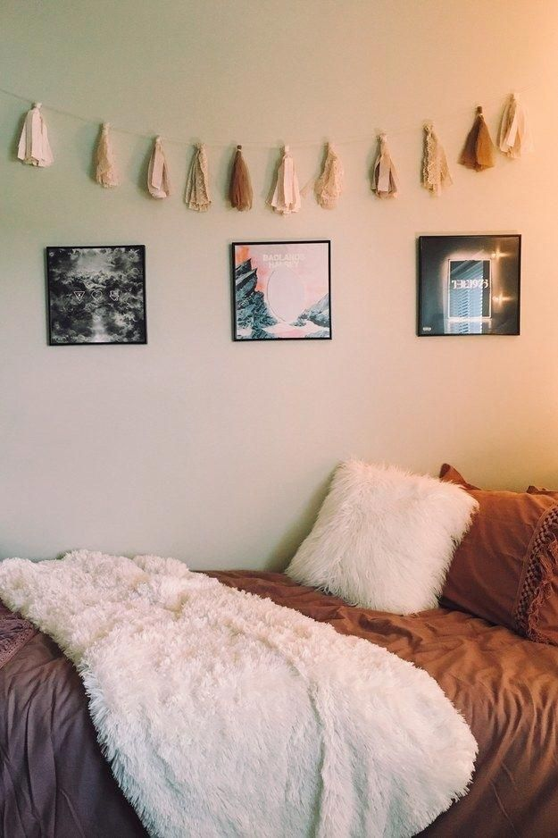 this fantastic minimalist setup 14 amazing dorm rooms that ll rh pinterest com