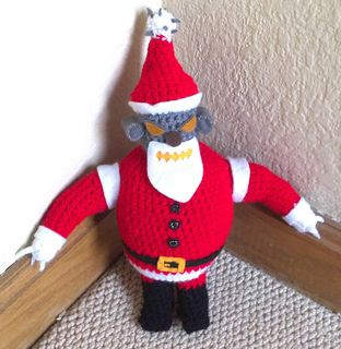 Ravelry: Robot Santa pattern by Tracey McNamee