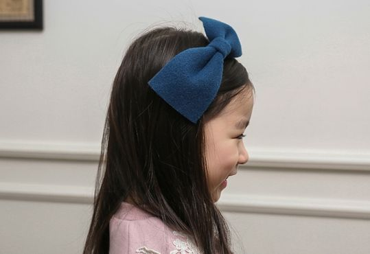 Korea children's No.1 Shopping Mall. EASY & LOVELY STYLE [COOKIE HOUSE] Lady bowknot headband / Price : 9.54 USD #dailylook #dailyfashion #fashionitem  #kids #kidsfashion #acc #accessory #HairAccessories #hairband #headband#COOKIEHOUSE #OOTD http://en.cookiehouse.kr/ http://cn.cookiehouse.kr/ http://jp.cookiehouse.kr/