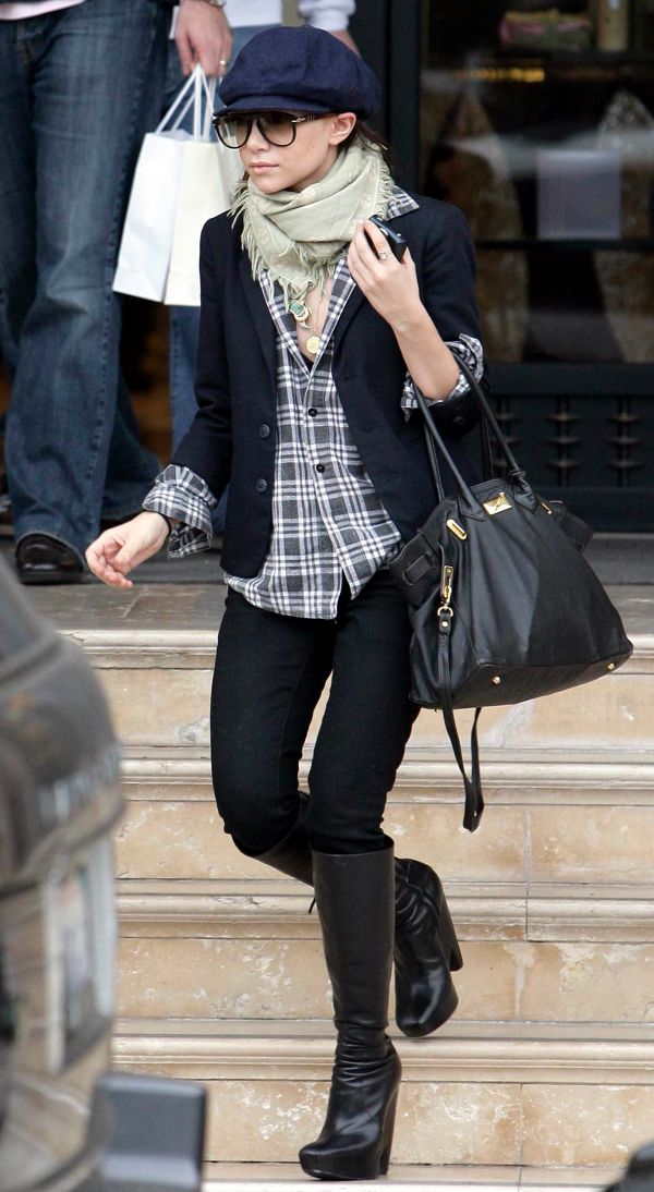 OLSENS ANONYMOUS ASHLEY OLSEN STYLE FASHION BLOG NEWSBOY CAP AVIATOR SUNGLASSES WRAP SCARF PLAID SHIRT BLAZER JACKET SKINNY DENIM JEANS HERMES BAG BALENCIAGA KNEE HIGH WEDGE BOOTS