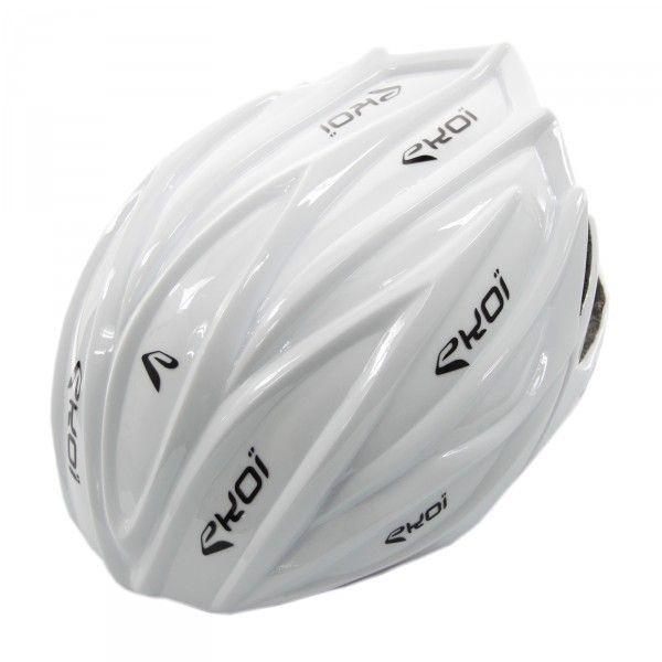 José Antonio Hermida te explica en un vídeo tutorial el cómo realizar una cubierta para tu casco de ciclismo; un proceso sencillo y fácil de llevar a cabo.