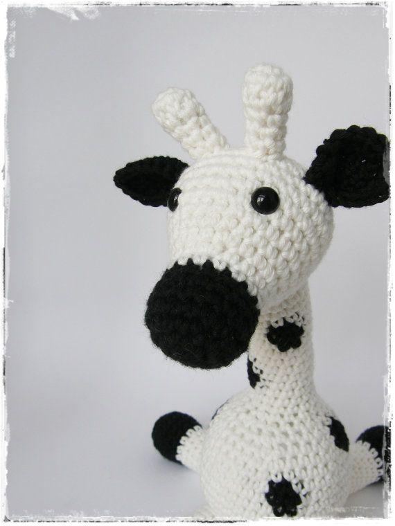 Amigurumi Giraffe Baby Toy Rattle - organic cotton - black and white