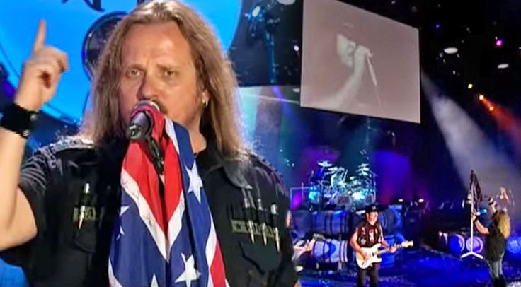 Country Music Lyrics - Quotes - Songs Ronnie van zant - Johnny Van Zant Interrupts 'Travelin' Man' Performance With Surprise Video Of Ronnie - Youtube Music Videos https://countryrebel.com/blogs/videos/vicious-travelin-skynyrd