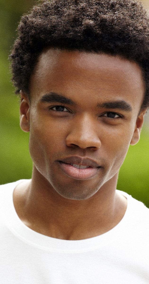 Luke Youngblood, Actor: Harry Potter and the Sorcerer's Stone. Luke Youngblood was born on June 12, 1986 in London, England. He is an actor, known for Harry Potter and the Sorcerer's Stone (2001), Harry Potter and the Chamber of Secrets (2002) and The Story of Tracy Beaker (2002).