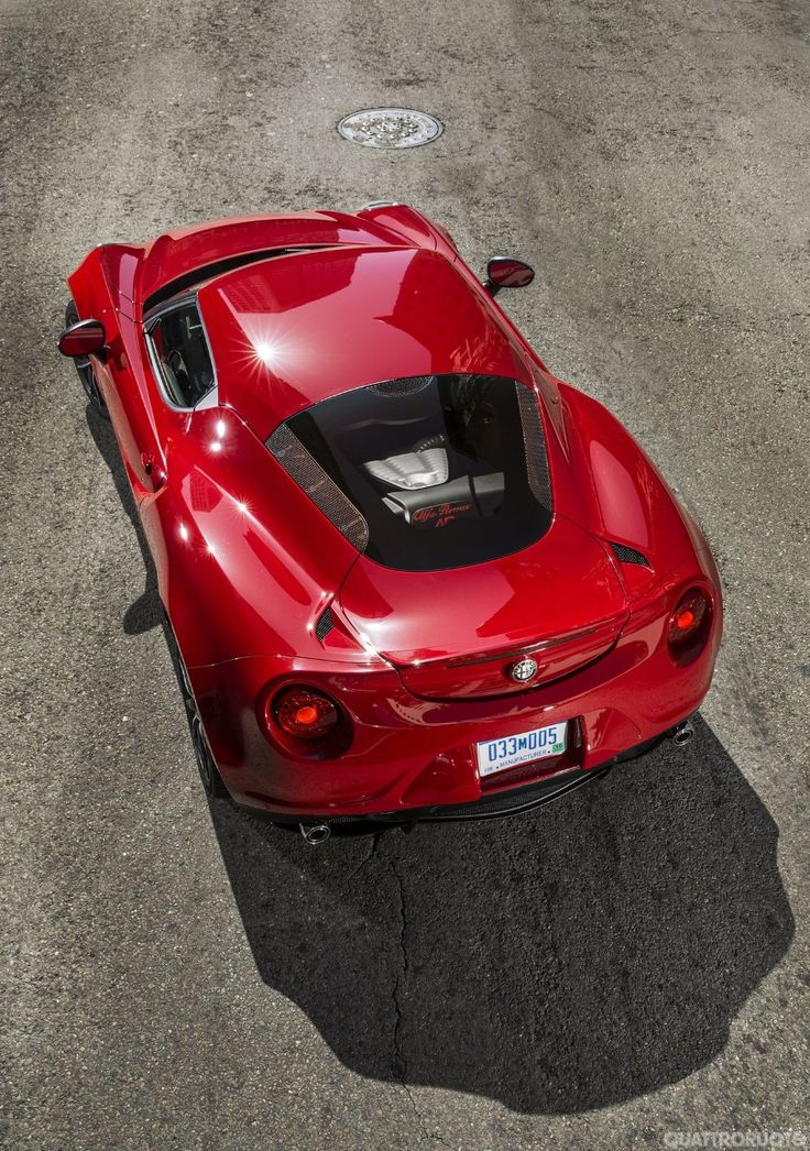 Alfa Romeo 4C: The reviews all say to buy a used Lotus Exige instead. But it's an Alfa, for crying out loud!