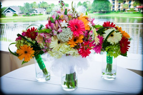 Gerbera Daisy Themed Wedding in Naples Florida | Love Wed Bliss