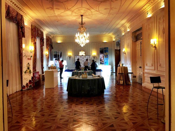 Salones de Baile donde disfrutar del Cóctel. #Catering el Jardín, del Balneario de Puente Viesgo.