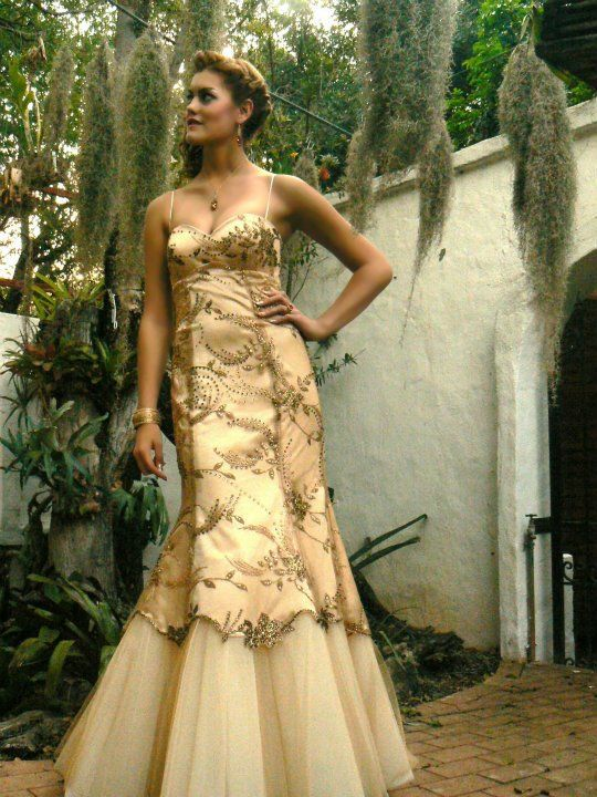 Designer: Yvette van den Berg for Yvi Berg; Model: Lenie Pieterse; Couture; Evening Gown; dress; Princess; romantic; Champagne; Gold; Matric dance 2015, South African, Fashion design