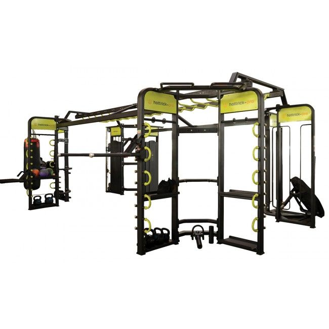 HATTRICK-PRO Crossfit TEKNİK ÖZELLİKLER  360 FUNCTIONAL TRAINER Cihaz Ebatları: 8700x5000x2560mm. Ağırlık: 1600kg Tavsiye edilen alan: 8200 x 8200mm.  Aksesuarlar ?TRX Suspension Trainers  ?Short Handle ?Uzun Kol ?DAP Eğitim Kemeri ?Aksesuar Rafları ?5 U-Link Ayaralama Sütunu ?Step-Up Platform ?Dip Handle ?Cable Stations ?Suspension Chin Up Bar  ?Rock Grip Chin Up Bar