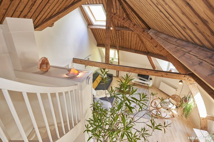 Fotografie van appartement in Utrecht inclusief verkoopstyling. Houten balken, verbouwing, karakteristieke woning.