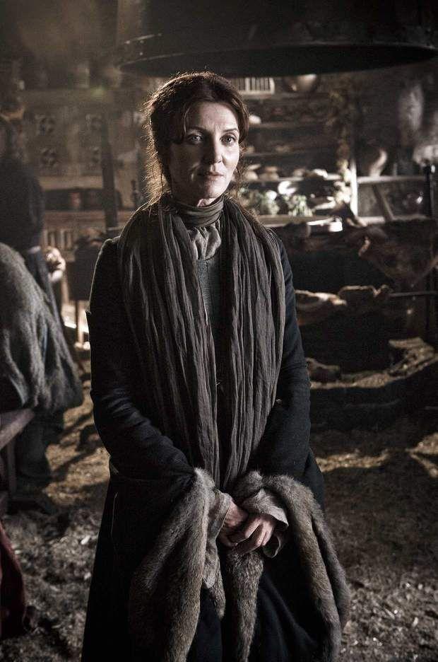 Catelyn Stark (Michelle Fairley) : louve jusqu'au bout... (Saison 3, épisode 9)