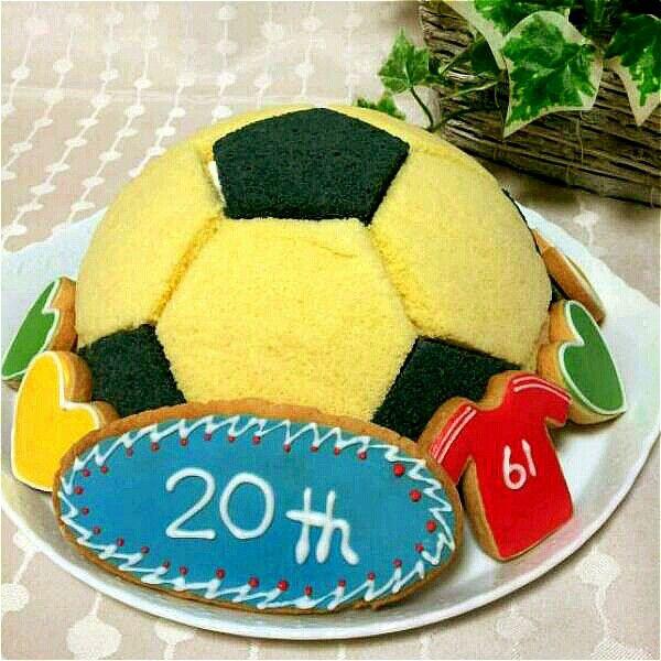 息子の成人式のお祝いケーキ
