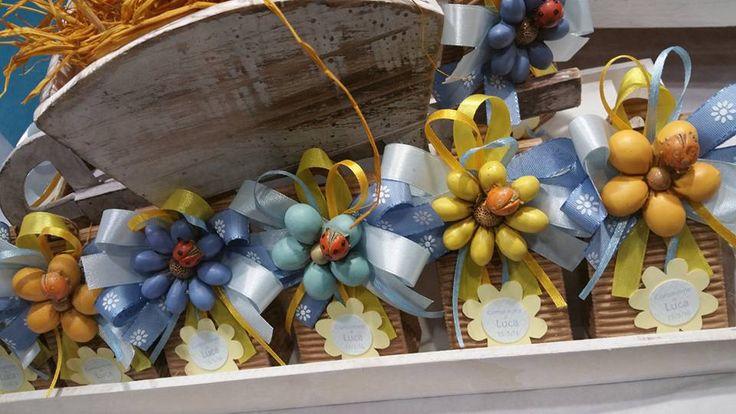 scatolina in cartone grezzo con calamita fiore