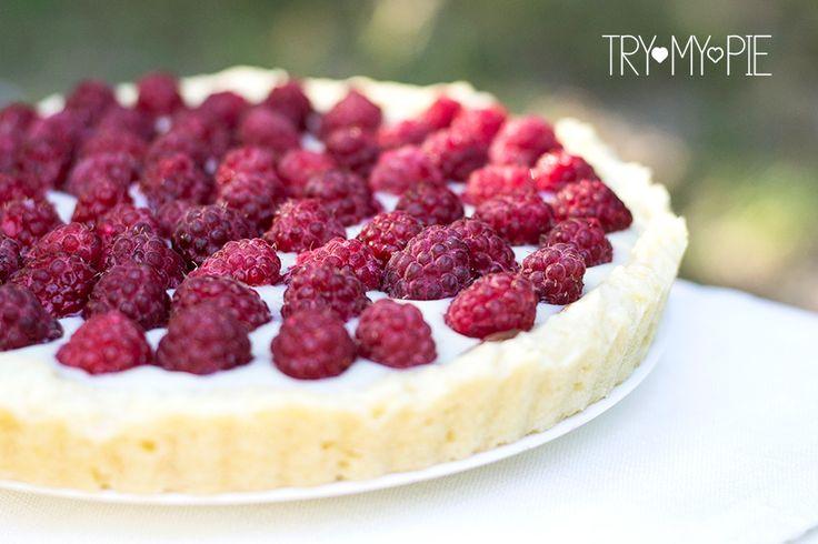 Малиновый тарт с заварным кремом и шоколадной прослойкой / Raspberry tart