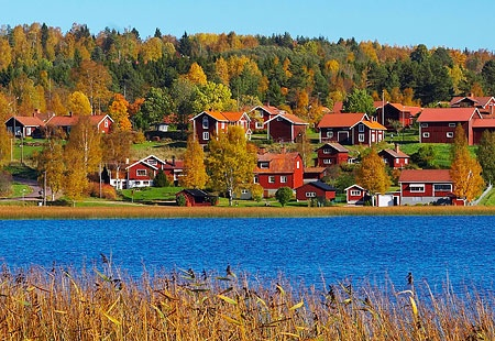 Langsjon, Sweden ? - a spitten image of childhood midsummers spent around this beautiful lake ...