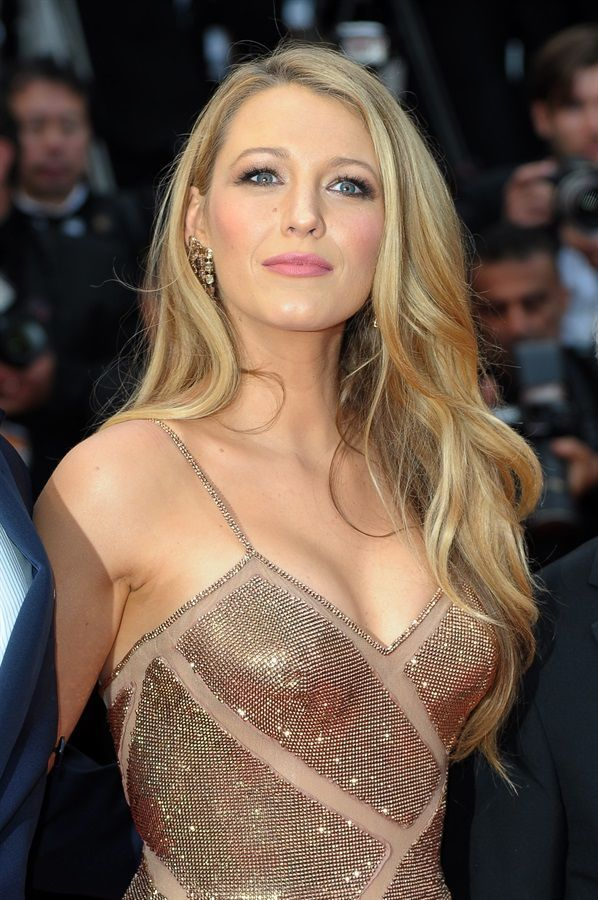 Blake Lively  .  Cannes 2016