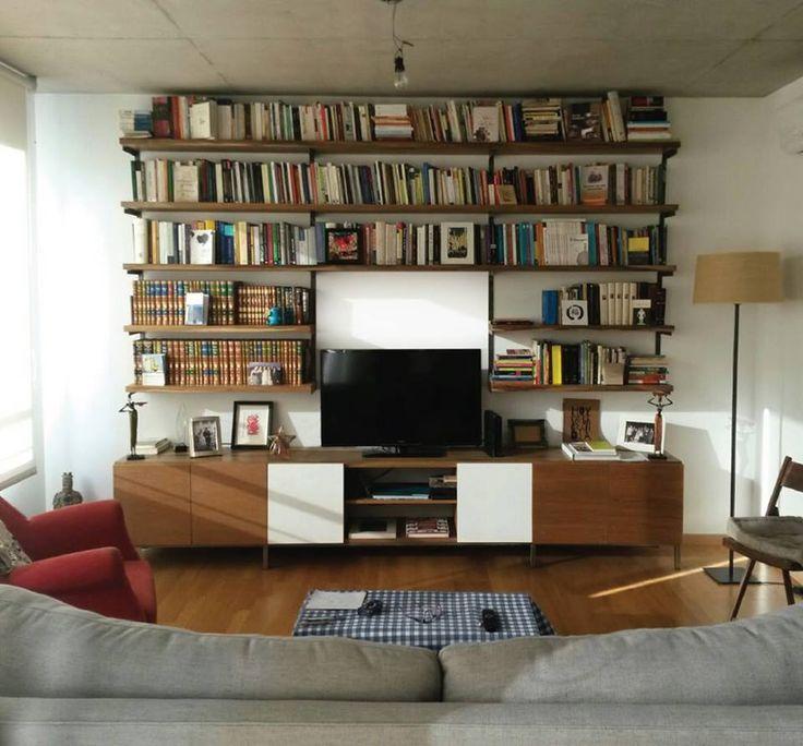 Biblioteca Buenos AiresBiblioteca + estantes en madera + hierro