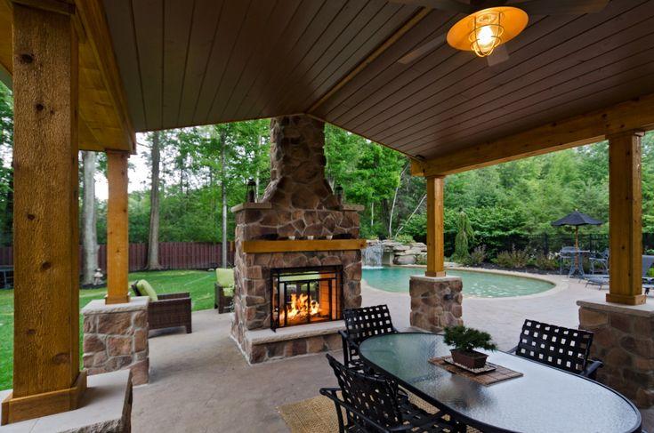 25+ bästa Indoor outdoor fireplaces idéerna på Pinterest ... on Enclosed Outdoor Living Spaces  id=50195