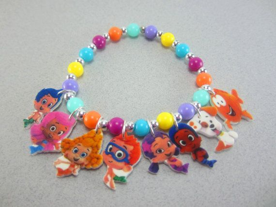 This cute charm bracelet for girls will be a nice addition to your Bubble Guppies fans jewelry box. Whether you are looking for Bubble Guppies