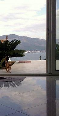 Студия-Люкс с видом на море + терраса, сад, гараж.     Цена: 75 000 €      Категория недвижимости: Квартира / Апартамент     Страна: Ч...