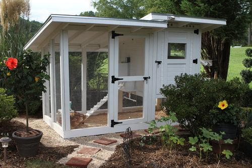 Looks good painted white! #BackYardChickens complete with plans.
