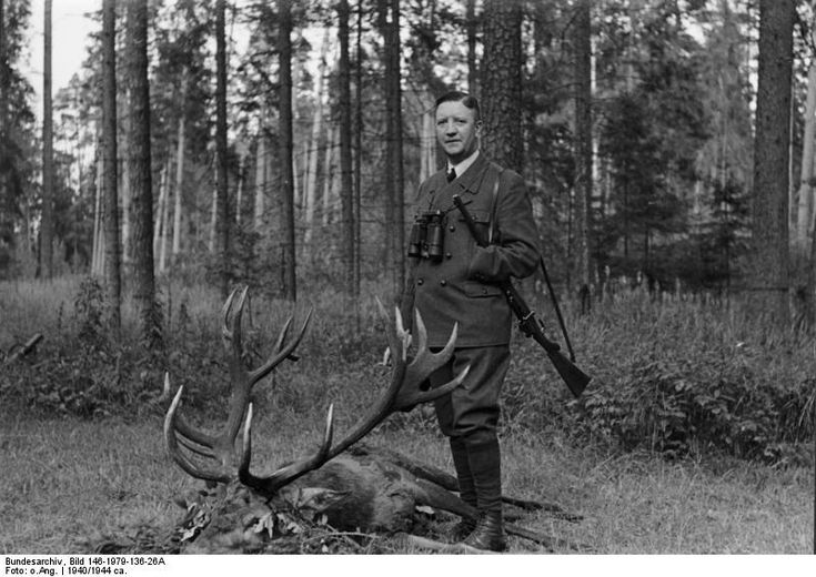 _Friedrich_Fromm_auf_der_Jagd. This Day in WWII History: Mar 19, 1945: General Fromm executed for plot against Hitler