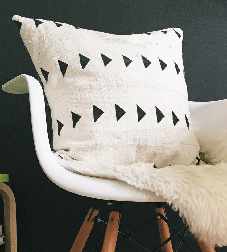 Meroe African Mudcloth Pillow Cover & 396 best pillows images on Pinterest | Pillow covers Cushions and ... pillowsntoast.com