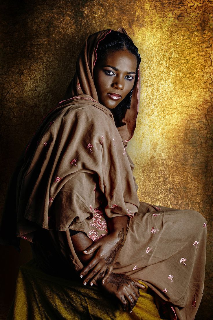 Photographer Joana Choumali resolved to document young, contemporary African women and their relationships to past generations. Rabiya al Adawiya , 28, is Ivorian-Sudanese, she lives and works in Ivory Coast. Rabiya is Malinke from Boundiali, but she feels closer to her Sudanese culture.