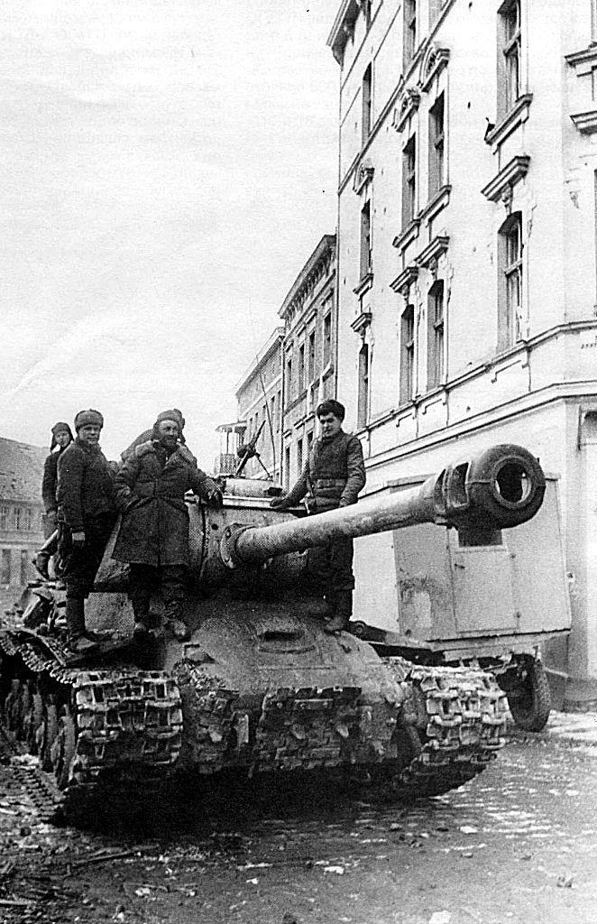 TANKS OF THE USSR - IRON FIST.