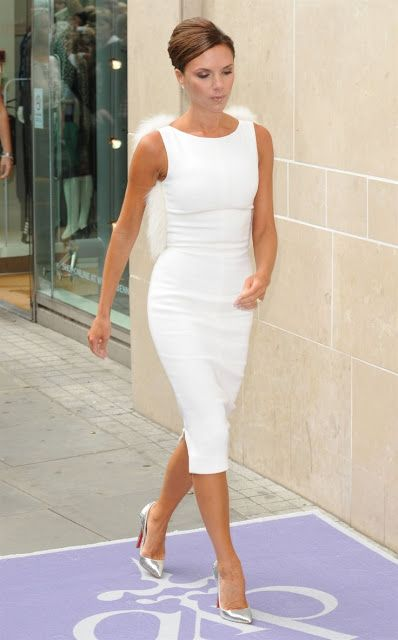 Victoria Beckham look | Flattering white pencil dress with fur details