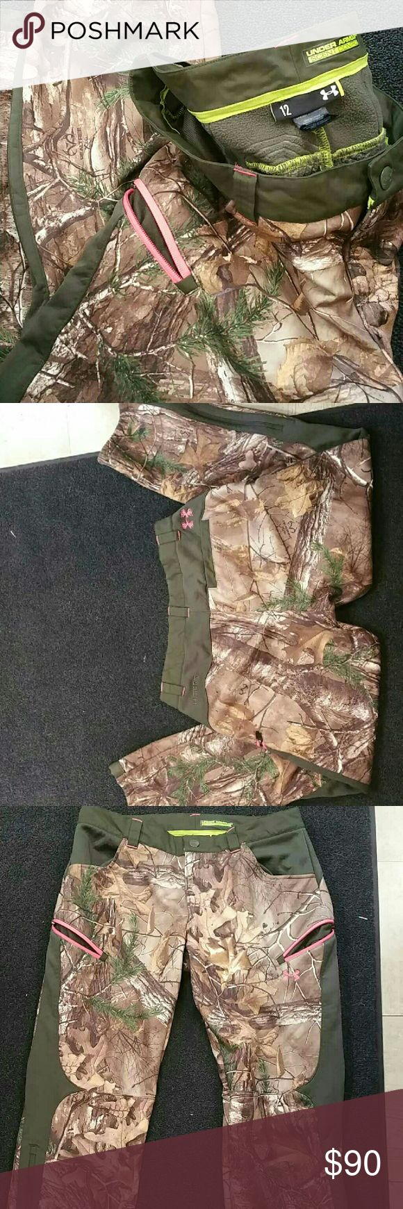 Woman's UA cold gear camo hunting pants Scent control woman's hunting pants bought last season only worn a handful of times. Under Armour Pants
