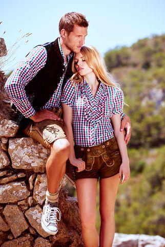 Passende Trachtenbluse und Trachtenhemd zur Lederhose Damen und Lederhose Herren