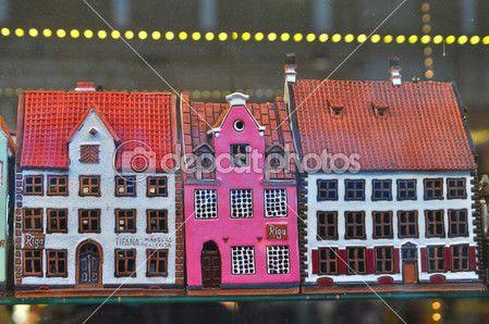 Сувенирные дома в Сувенирный магазин в Риге — стоковое изображение #32640209