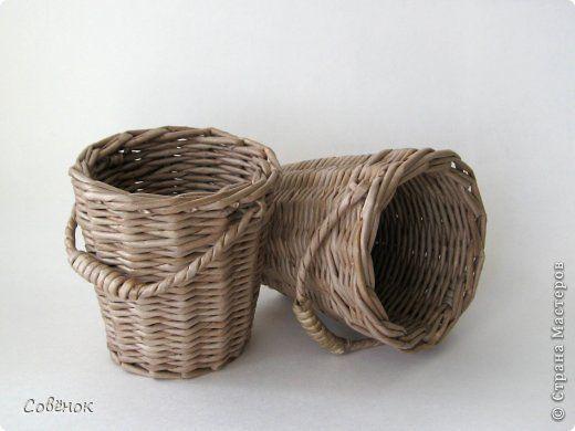 Поделка изделие Плетение Горшочки Бумага газетная Трубочки бумажные фото 7