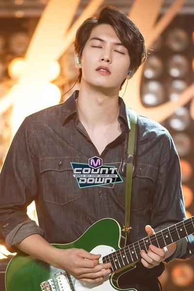 Lee Jong Hyun / Cnblue