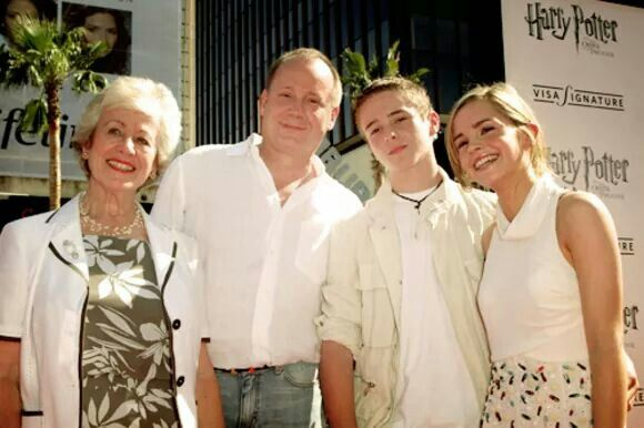 Emma with her grandmother, father, and brother :) | Harry ...