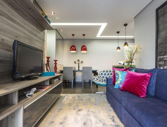 Veja como lâmpadas econômicas podem ajudar na decoração da sua casa gastando pouco dinheiro e iluminando o ambiente de forma elegante.