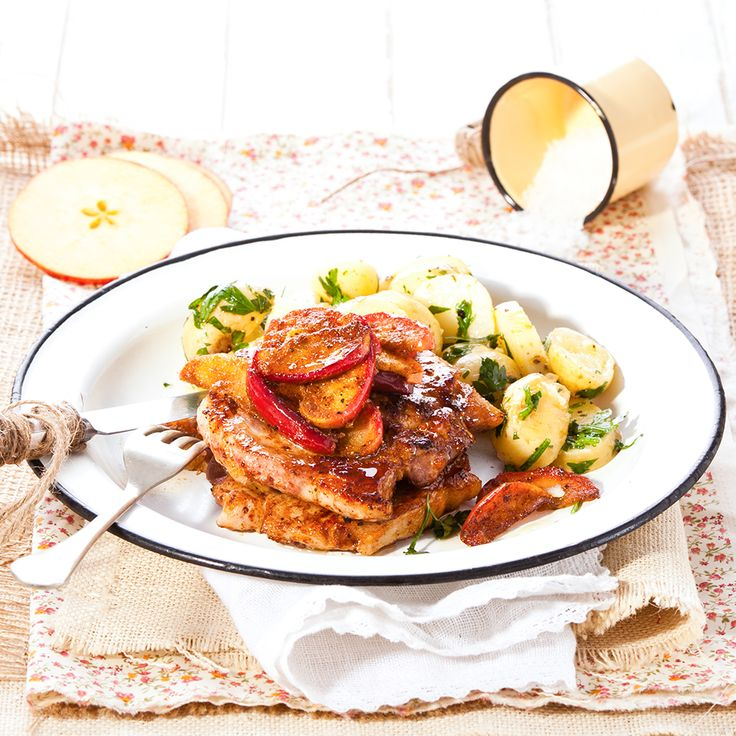 Treat your guests to this pork steaks with spiced apples dish on special gatherings.