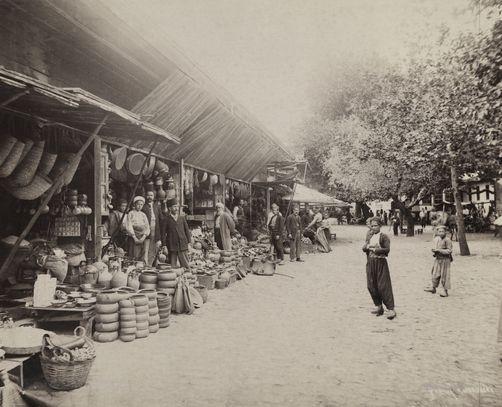 Çanak-çömlek pazarı (Bursa)
