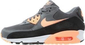 De mooiste Nike Air sneakers kun je ook bij Aldoor in de uitverkoop vinden! #dames #vrouwen #mode #schoenen #sneakers #women #fashion #shoes #sale