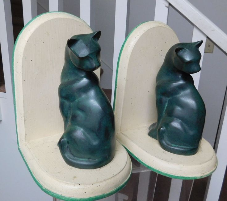 Pair 2 art deco sitting cat bookends frankart style