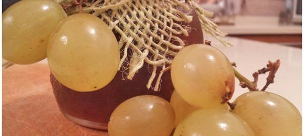 Marmellata d'uva bianca e vaniglia, dolce e profumata ottima per la colazione