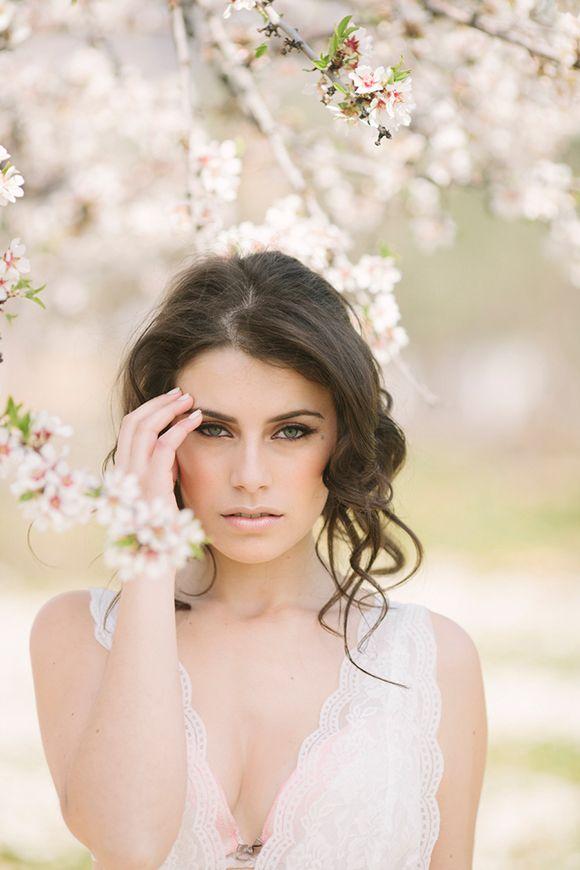 Pretty bridal hair   Almond Blossom Inspiration by Momento Cativo
